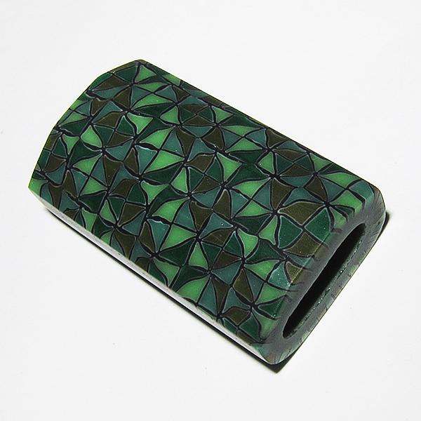 Tomoko Honma - Green Pattern Flat Bead
