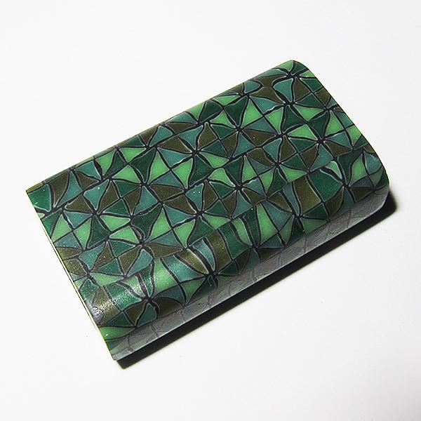 Tomoko Honma – Green Pattern Flat Bead