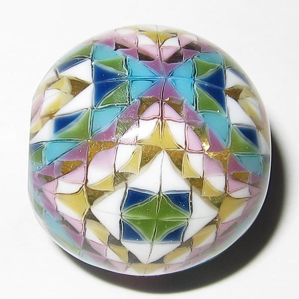 Daisuke Takeuchi – Triangular Mosaic Bead (2014)