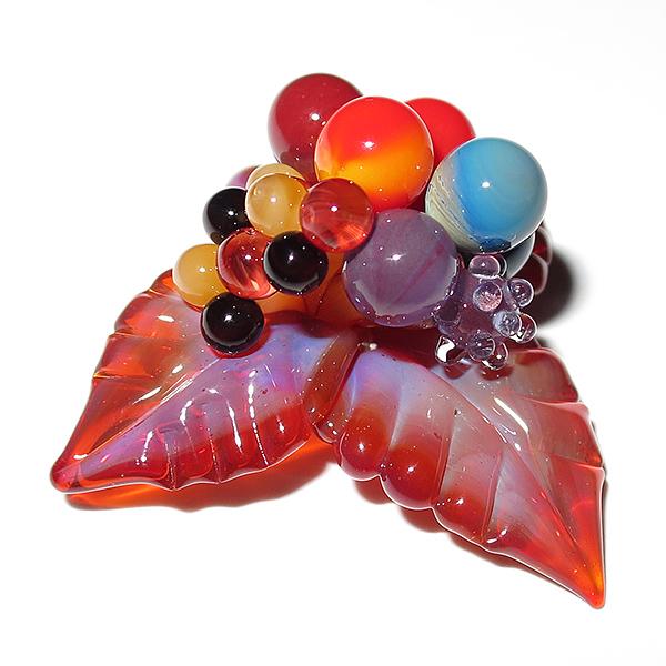 Maki Kawabe – Berries Pendant