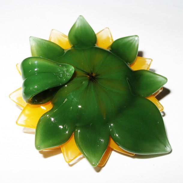 Maki Kawabe sunflower pendant (2015)