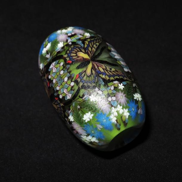 Daisuke Takeuchi – Green Butterfly Bead (2015)