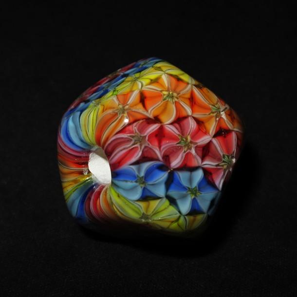 Daisuke Takeuchi – Flower Rainbow Bead (2015)