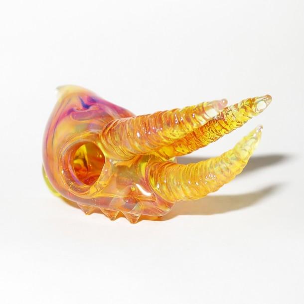 Akihisa Izumi / Akio glass – Jackson's chameleon skull pendant (2015)
